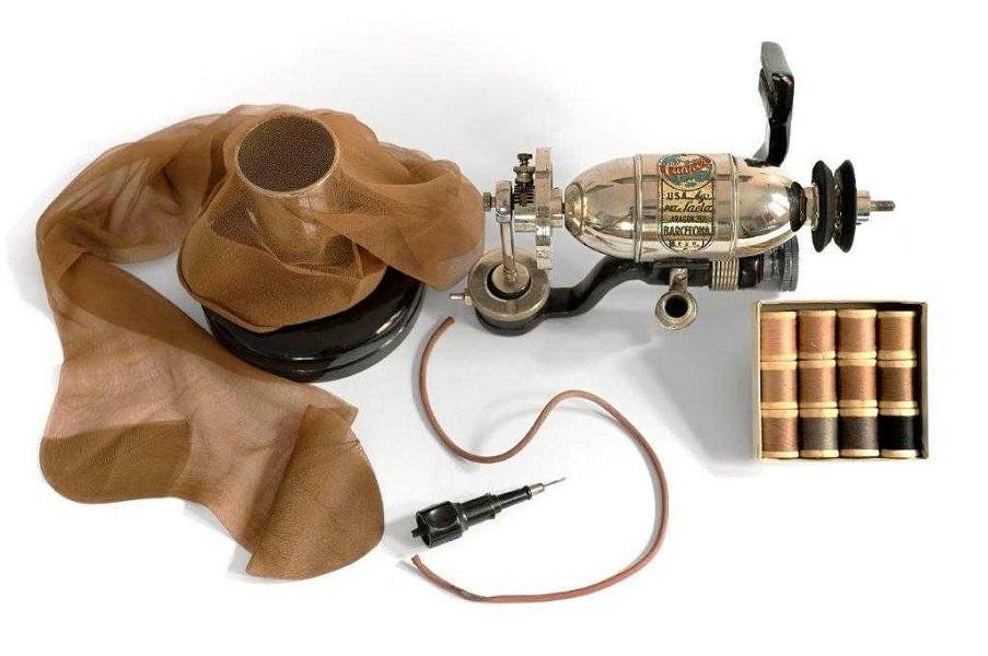 Máquinna de reparar medias Clipper
