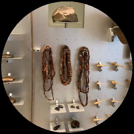 Detalle de la exposición de la colección de Santiago Melián
