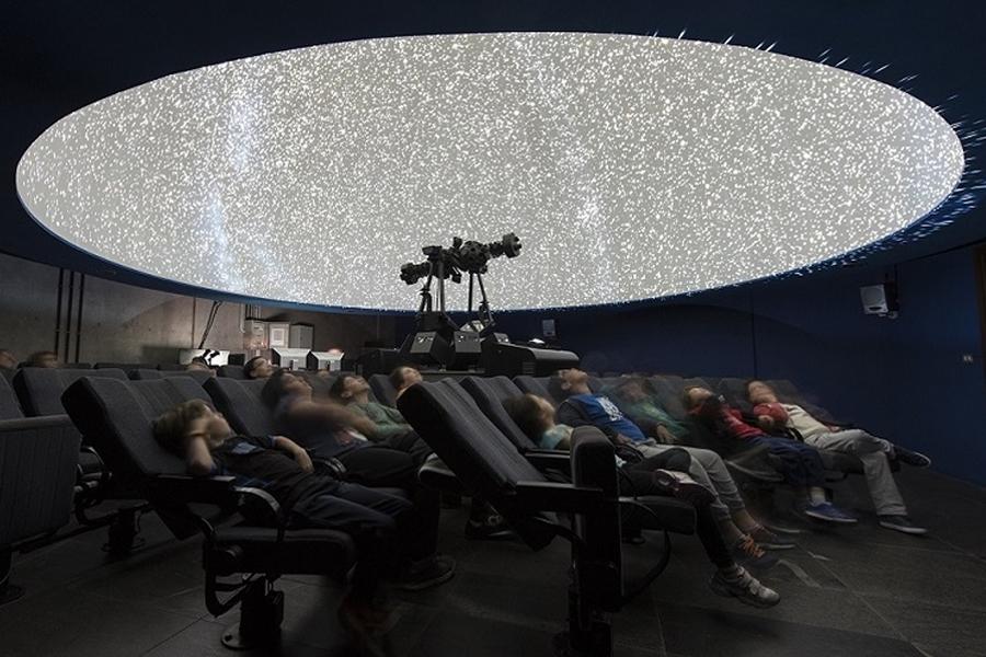 Reducción temporal de sesiones de Planetario en el Museo de la Ciencia y el Cosmos